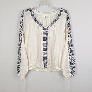 Anthro Akemi + Kin Embroidered Boho Peasant Top
